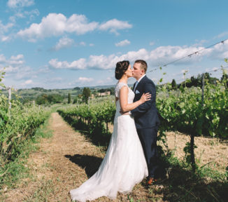 get married in Tuscany-