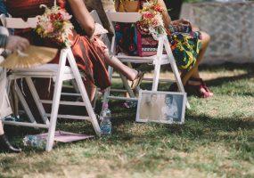 trouwen in toscane - symbolische ceremonie stoelen decoratie - funkybird