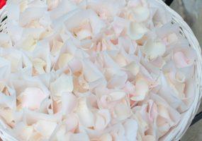 Trouwen in toscane - decoratie bij symbolische ceremonie - funkybird - bloemist in toscane